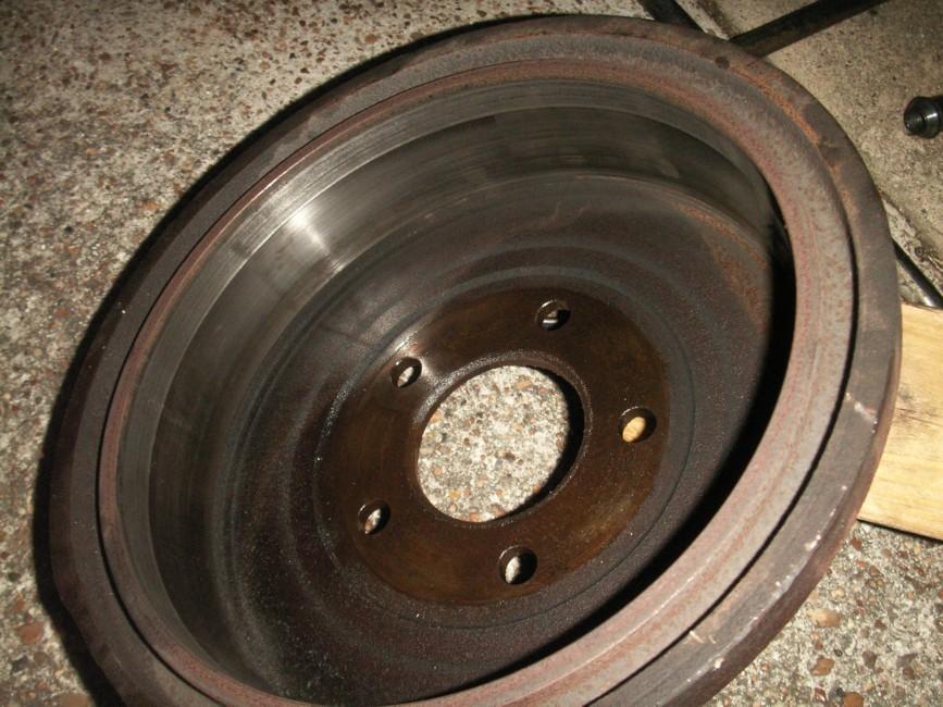 Scored Brake Drums : Chrysler mini van drum brake repair