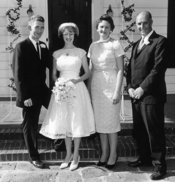 Wedding Poses With Parents: Our Wedding Album